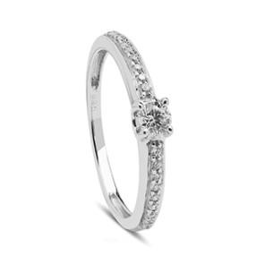 Anillo oro blanco con diamantes