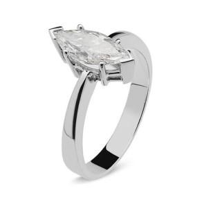 Anillo Solitario de oro blanco y diamante marquise
