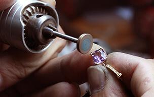 Joyería relojería Montgrí taller de joyas